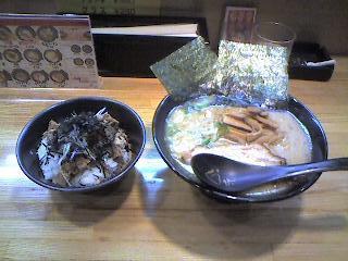 くう快、メンマラーメン、トントロ丼